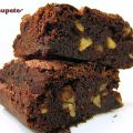 Brownies de chocolate con nueces. Forma clásica[...]